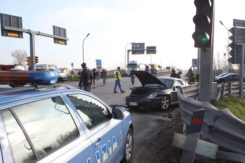 Un incidente all'incrocio tra Adriatica e Ravegnana