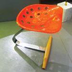 Seduta in legno e metallo, produzione Zanotta