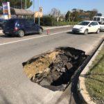 La voragine di via Faentina