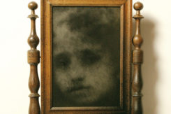 Eron YOU Spray Paint On Oldsiryan Mirror 2016