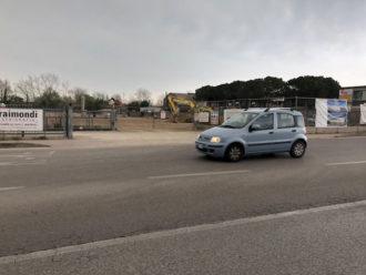 Ingresso Ex Francia In Discesa Dal Ponte Nuovo Sullo Sfondo Il Cantiere Despar