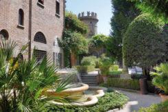 Cripta Rasponi Giardino All Italiana Panoramica Home