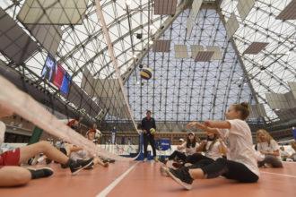 In Azione Con Il Sitting Volley
