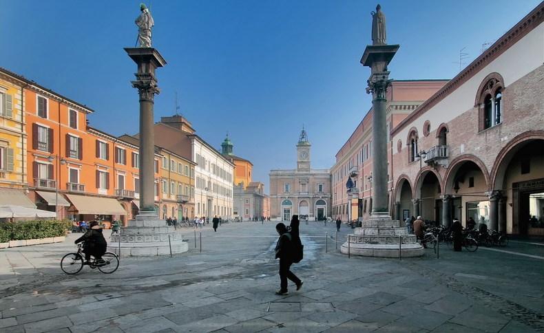 Ravenna Piazza Del Popolo