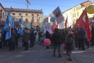 RAVENNA 4/01/2019. MANIFESTAZIONE SINDACATI IN PIAZZA DVANTI ALLA PREFETTURA